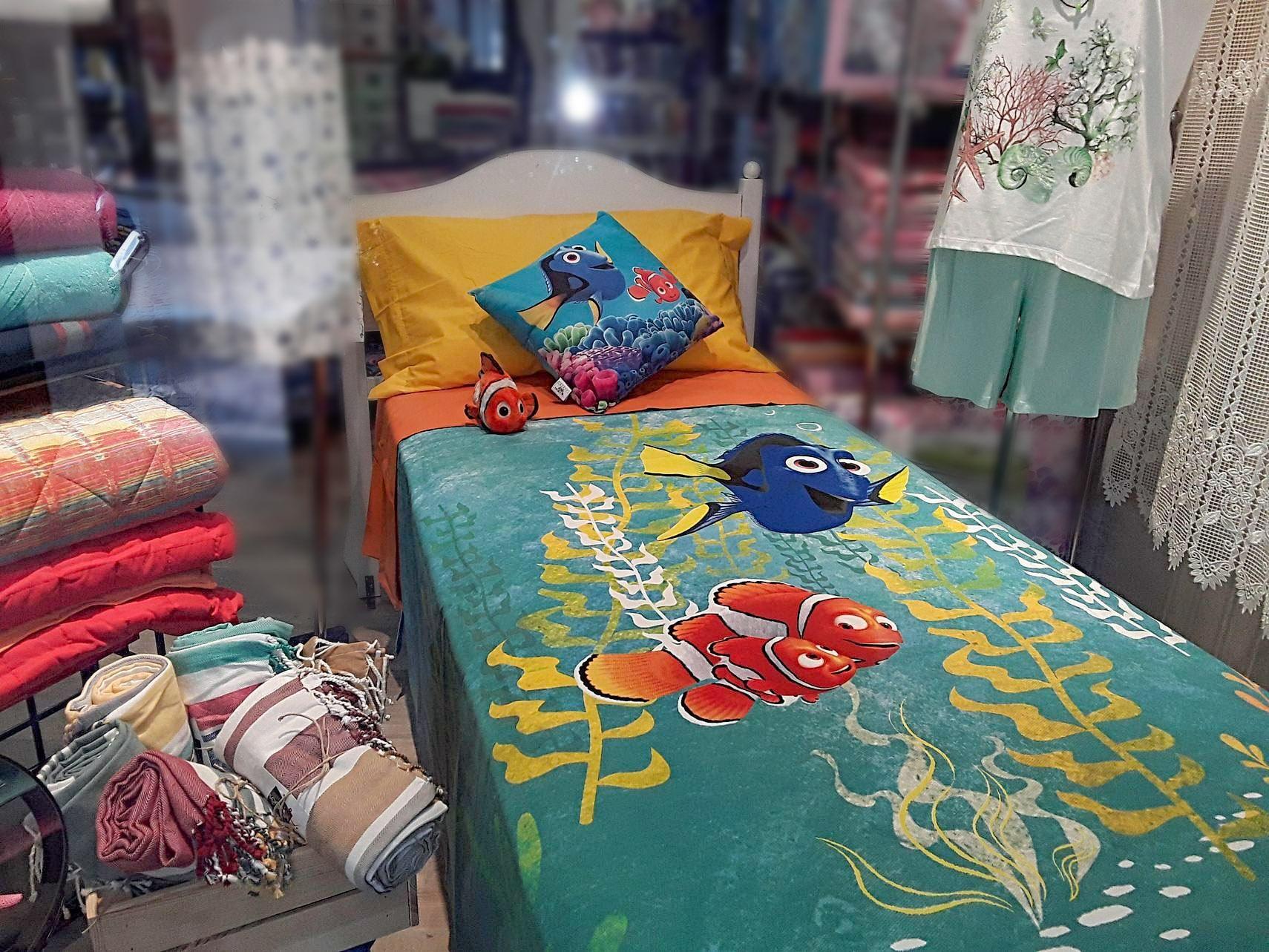 Negozi Biancheria Casa Torino tessili letto nelle vetrine di dosio biancheria per la casa