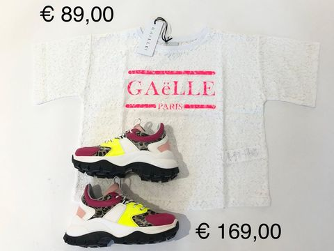 T-SHIRT & SNEAKERS GAELLE DONNA