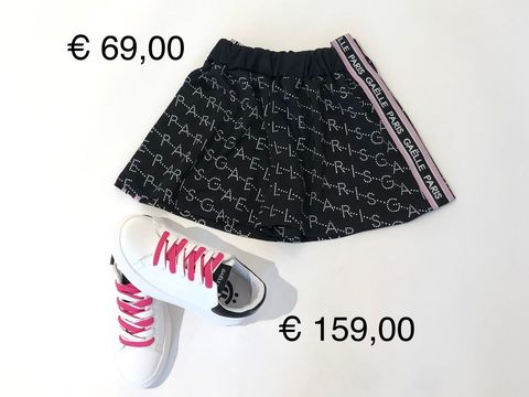 SHORTS & SNEAKERS GAELLE DONNA