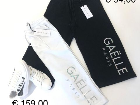 COULOTTE FELPA & SNEAKERS GAELLE DONNA